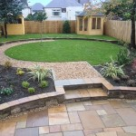 Sandstone Paving Circle and Circular Lawn